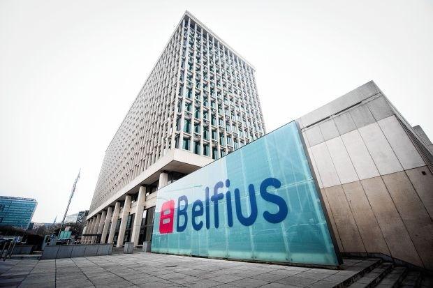 Crombez eist onderzoek naar Belfius-offshoredeals