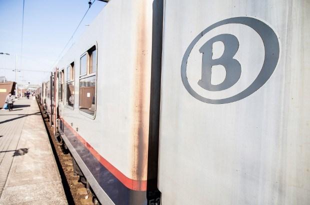 Treinverkeer tussen Antwerpen en Gent verstoord door ongeval in Belsele