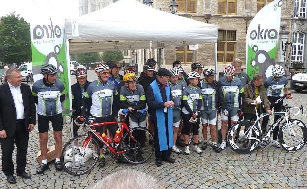 Sportieve senioren fietsen naar Lourdes
