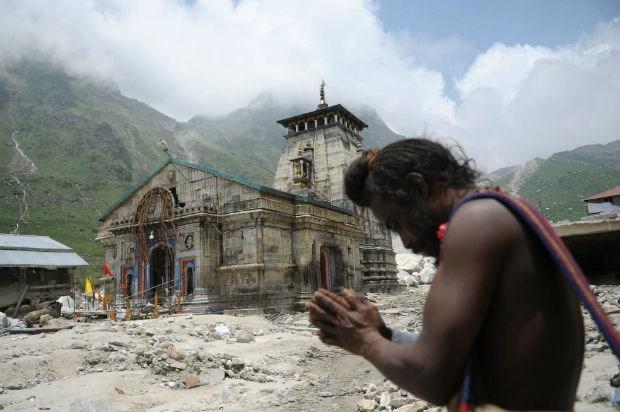 Noodweer India: twintig doden bij crash reddingshelikopter