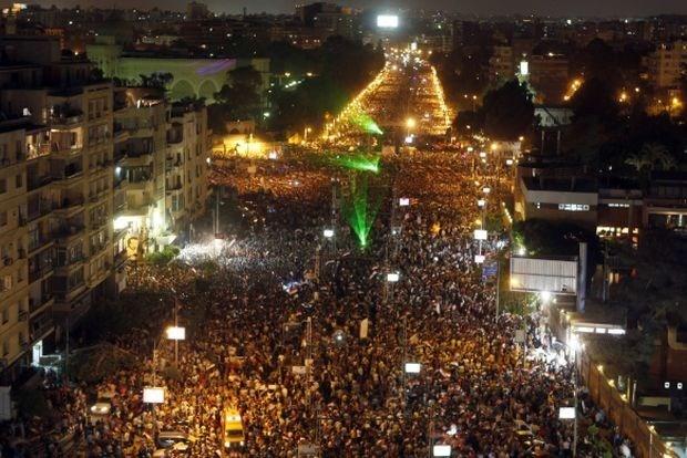 Egyptische president verwerpt ultimatum van leger