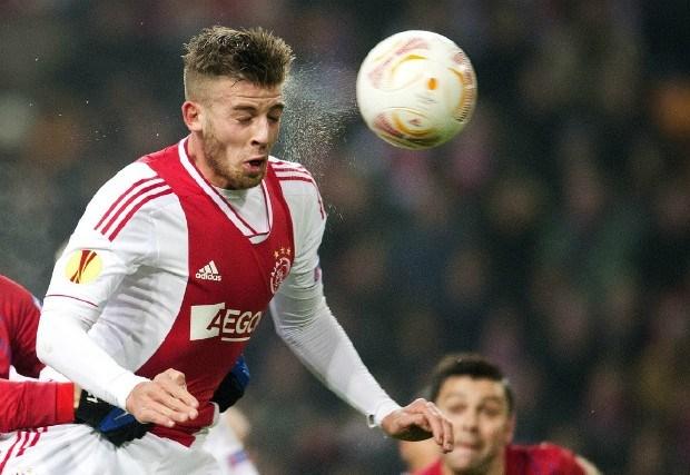 Toby Alderweireld verlaat trainingskamp Ajax wegens privé-omstandigheden
