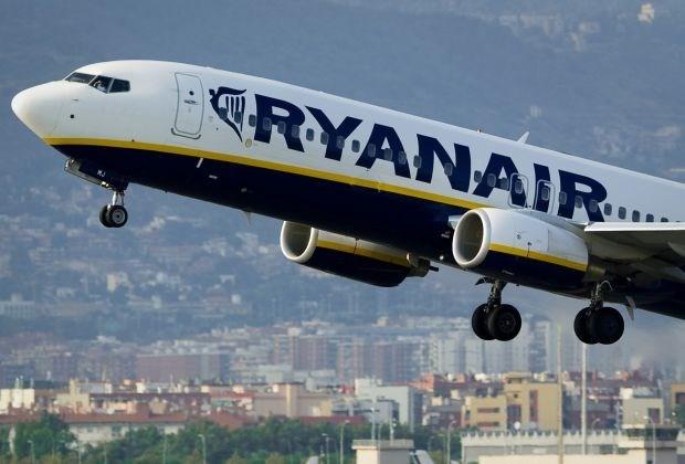 Ryanair geeft 19-jarige job als co-piloot in Boeing 737