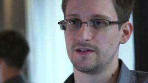 Snowden houdt zich strikt aan Russische asielvoorwaarden