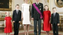 Prinses Elisabeth en koning Filip reizen apart