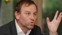 Groen neemt deel aan Kiss-in voor Russische consulaat