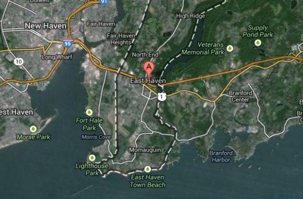 Vliegtuigje stort neer op twee woningen in Connecticut, 3 vermisten