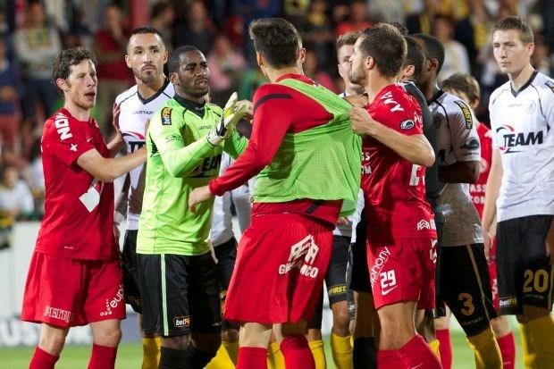 KV Kortrijk en Lokeren spelen 3-3 gelijk