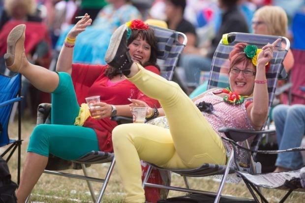 Rimpelrock klokt af op 18.000 bezoekers (fotoalbums)
