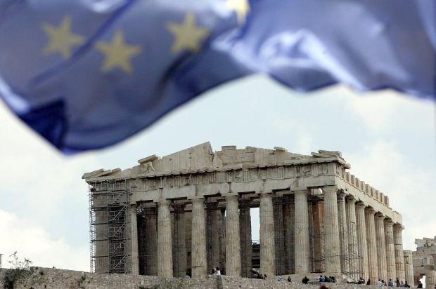 Griekse economie krimpt minder snel