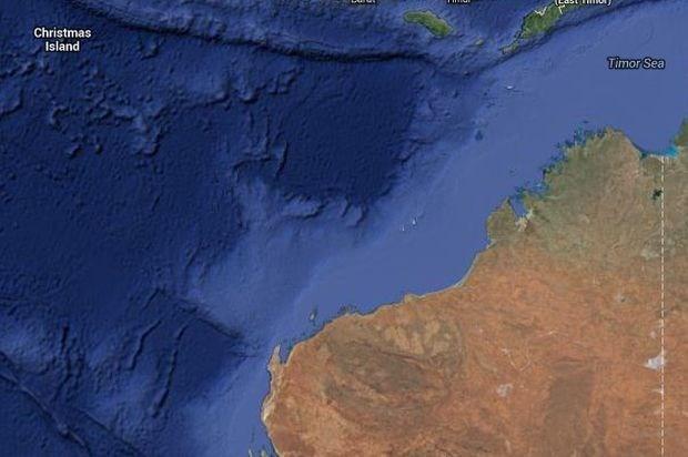 Schip met 105 asielzoekers zinkt voor Australische kust