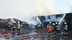 Mogelijk kwaad opzet bij zware papierbrand