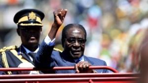 Mugabe legt opnieuw de eed af als president van Zimbabwe