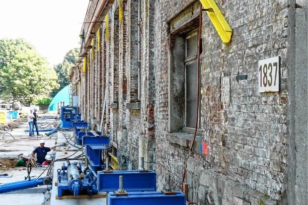 Oudste spoorweggebouw 34 meter verhuizen kost 1,4 miljoen