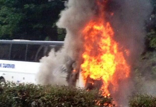 Bus brandt uit op E314 richting Leuven