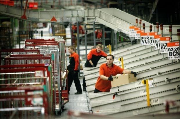 Tot 115 mensen verliezen hun job bij TNT Benelux