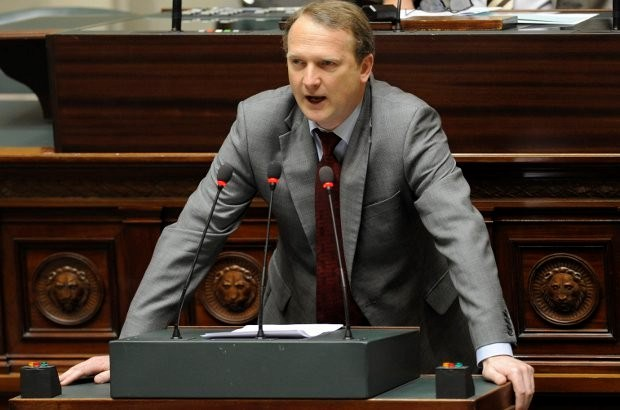 """""""Gerechtelijke hervorming is schandalige discriminatie van Vlamingen"""""""