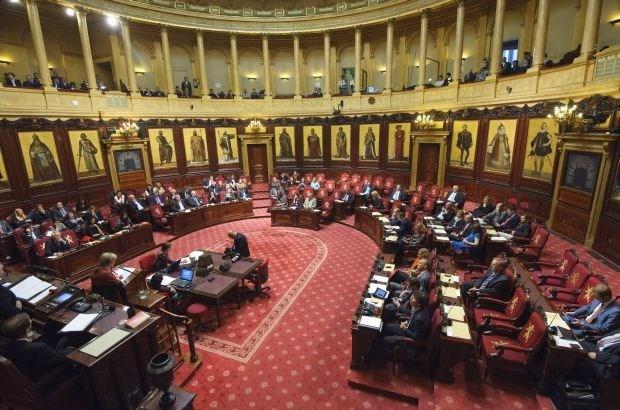 Ook senatoren krijgen geen premie meer bij vrijwillig vertrek