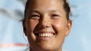 Evi Van Acker eindigt als 8ste op WK zeilen