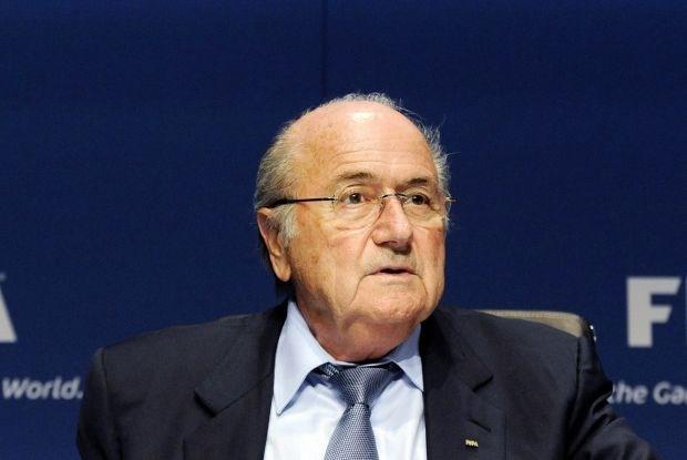 """Blatter: """"Ik heb geen geheime afspraak met Platini"""""""
