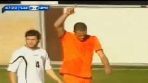 Jong Oranje-spits scoort onmogelijke goal (video)