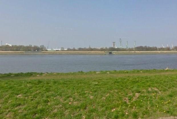 Lijk uit Schelde gevist aan Sint-Annastrand