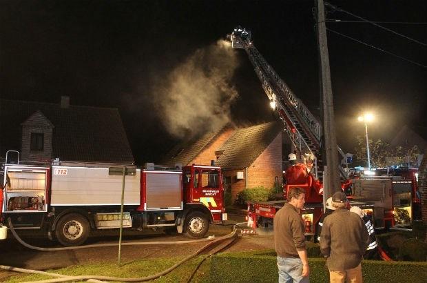 Dierenarts getroffen door dakbrand