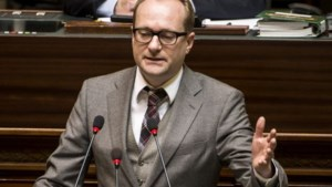 Ben Weyts wil oorspronkelijk politieplan indienen bij parlement