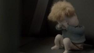 Stressmannetje De Lijn in tranen na gemene trap Kobe Ilsen (video)