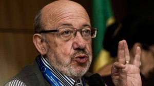Louis Michel aanvaardt ontslag medewerker