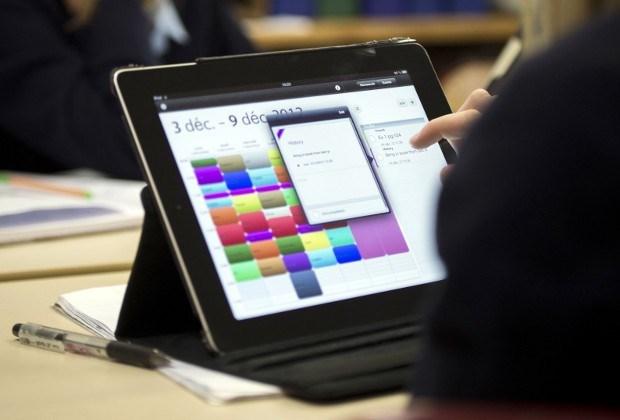 Antwerpen controleert ambtenaren via tablet