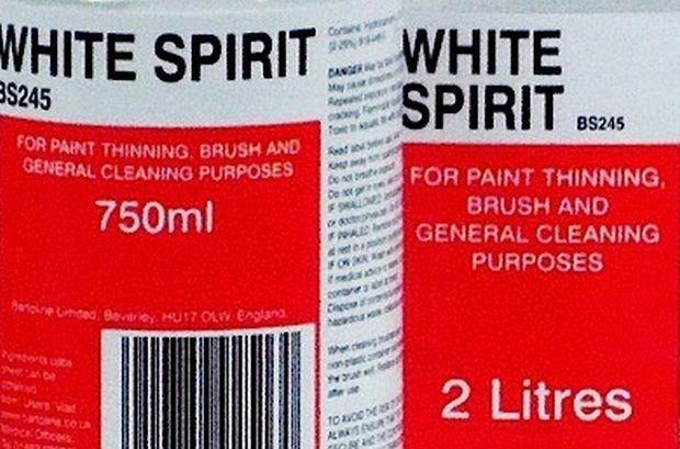 Student probeert leerkracht te vergiftigen met white spirit