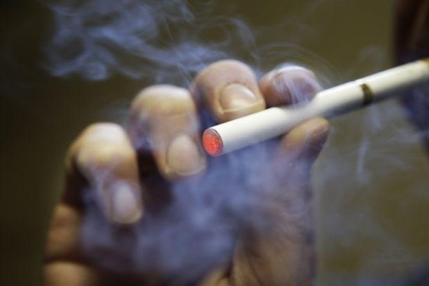 Ook e-sigaret is giftig en gevaarlijk