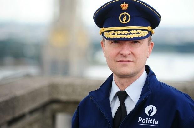 Serge Muyters officieel korpschef