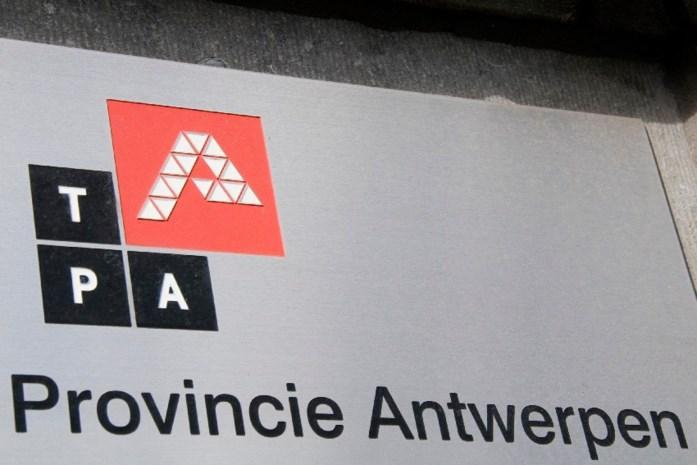 """Provincie bespaart """"zonder ontslagen of belastingverhoging"""""""