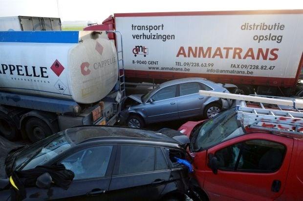 Automobilisten kettingbotsing A19 riskeren fikse boete (video)