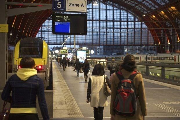 1 op 2 treinen rijdt op tijd tijdens spits