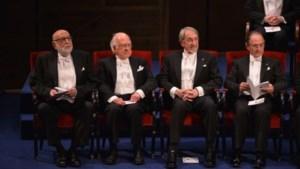 Englert neemt Nobelprijs in ontvangst