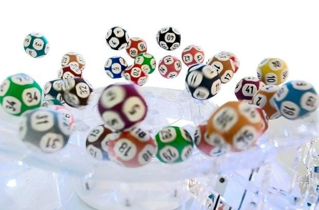 Winnaar van Super Lotto steekt 13 miljoen euro op zak