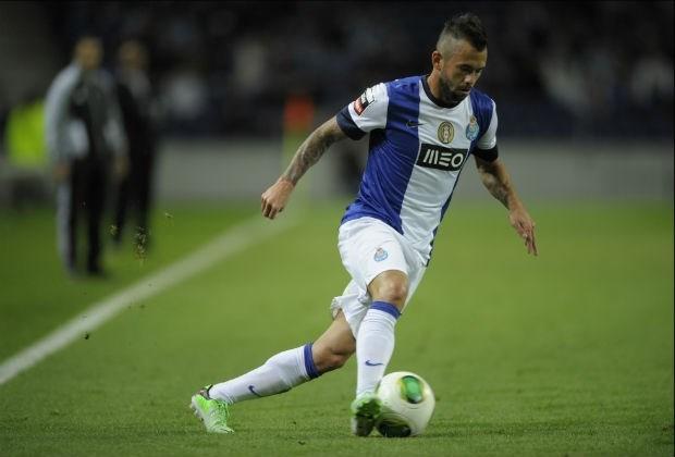 Defour moet blijven bij FC Porto