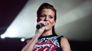Karen van K3 zingt in het dialect (video)