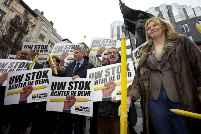Vlaams Belang lanceert kiescampagne 'Uw stok achter de deur'