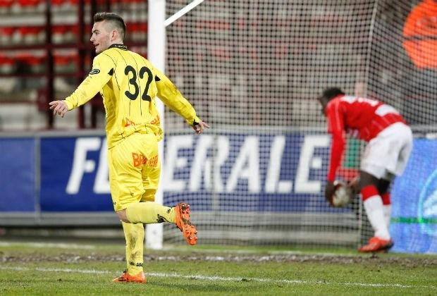 Lierse peuzelt Bergen op, Kortrijk bedwingt Anderlecht