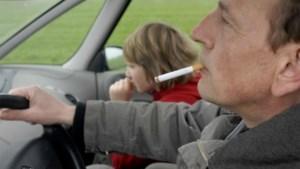 Touring en VAB vinden rookverbod in wagen maar niets