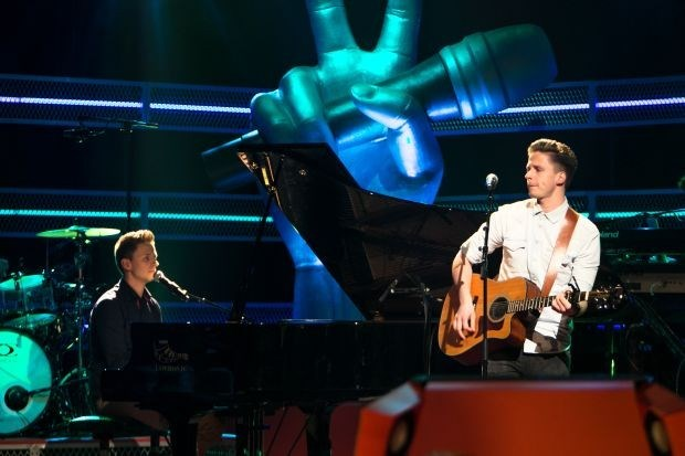 Tv-tip: Limburgse Tweeling Koen en Jo Smets samen in 'The Voice'