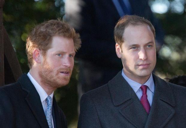 Prins William en prins Harry helpen slachtoffers overstromingen