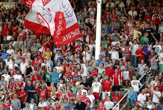 Antwerpfans willen club overnemen