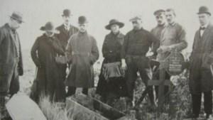 Lichamen van gesneuvelden in het geheim opgegraven
