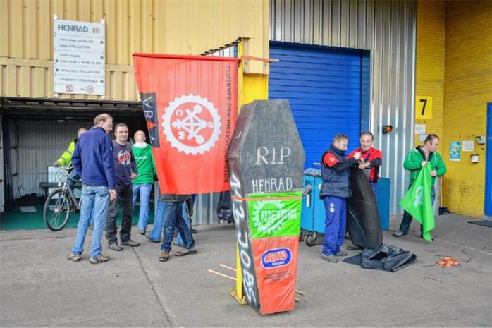 """Werknemers Henrad: """"We verwachtten een reorganisatie, geen sluiting"""""""