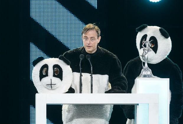 Panda De Wever valt van podium